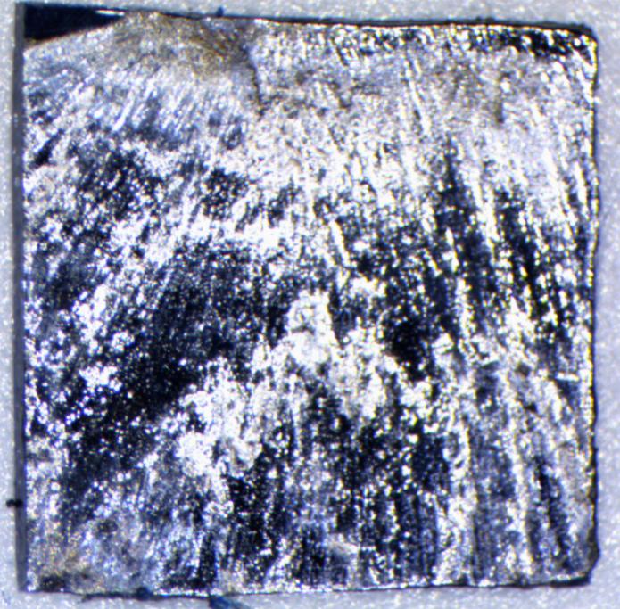 Монокристаллический кремний, обработанный КПП. Размер образца – 1 x 1 см.